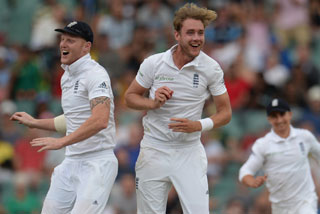 Stokes and Broad celebrate